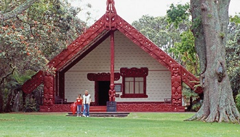 350x200_waitangi-meeting-house.jpg