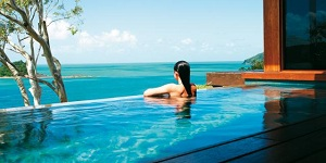 qualia_Windward_plunge_pool_001.jpg